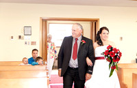 wedding photos of bride, groom, flower girls, cake cutting, bridal gown in thunder bay at hilcrest park
